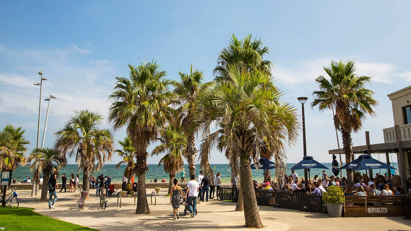 st-kilda-beach_mel_r_132611_1600x900
